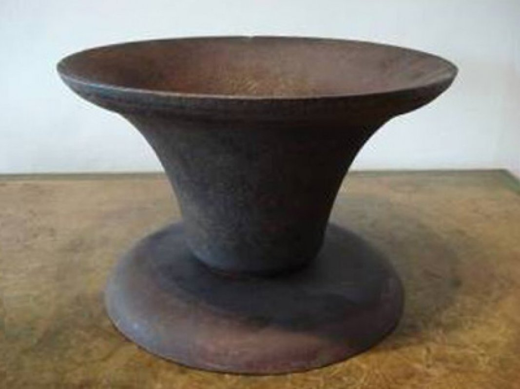 item/144-cast-iron-vase.html