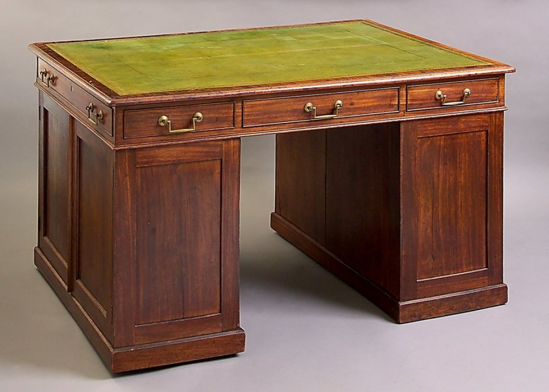 A George III library table