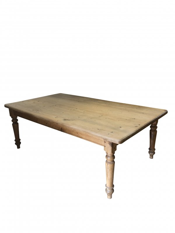 item/656-early-c20th-pine-kitchen-table.html